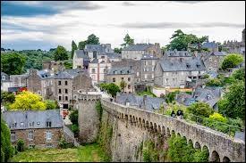 Laquelle de ces villes se situe dans les Côtes d'Armor ?