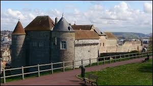 Dans quelle ville peut-on voir ce château ?