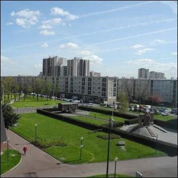 Laquelle de ces villes se situe en Seine-Saint-Denis ?