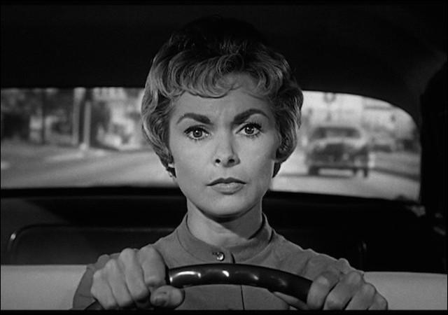 """À quel maître du suspens doit-on le film """"Psychose"""" (1960) ?"""