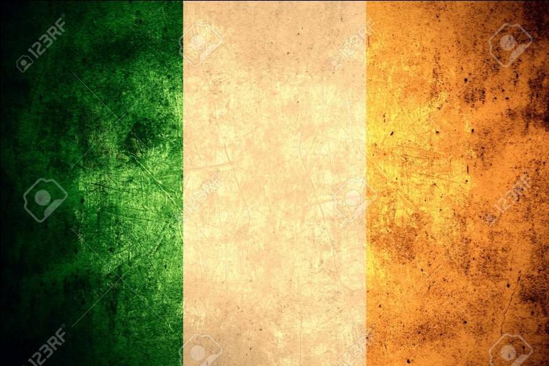 """L'Irlande possède deux langues officielles : l'anglais et l'irlandais. Comment dit-on """"irlandais"""" en irlandais ?"""