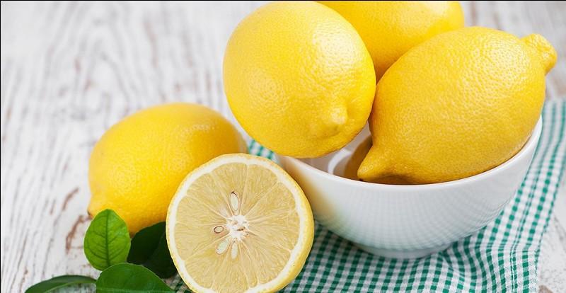 Combien y a-t-il de citrons jaunes sur cette image ?
