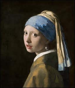 """10 000 : C'est le nombre d'admirateurs journaliers le tableau de Vermeer """"La jeune fille à la perle"""", récemment prêté au MET de Tolyo. Quel est le surnom de ce tableau ?"""
