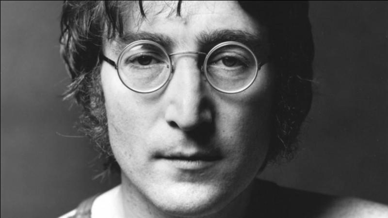 """Qu'a dit John Lennon : """"À l'école, ils m'ont demandé ce que je voulais être quand je serais grand. J'ai répondu : """" ... """" ?"""