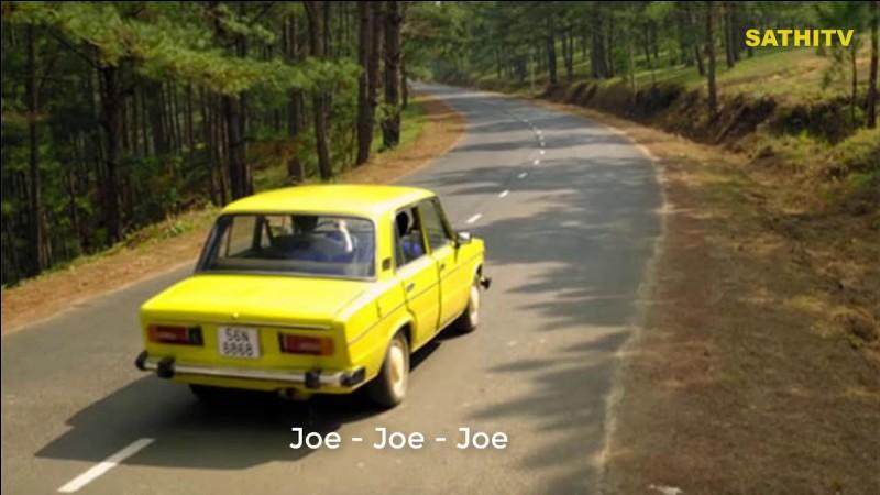 """""""Joe le taxi"""" est chanté par Vanessa Paradis."""