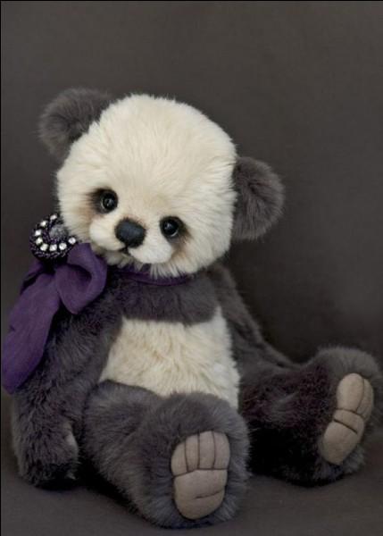 On le sait, les pandas vivent en Chine, on n'en voit pas tous les jours ! Savez-vous quel est le poids moyen d'un panda géant ?
