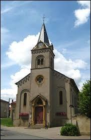 Nous sommes maintenant en Moselle devant l'église Saint-Michel de Verny. Nous sommes dans l'ancienne région ...