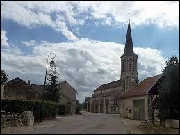 Pour cette première balade du week-end, je vous emmène en Haute-Marne, à Courcelles-en-Montagne. Nous serons dans l'ancienne région ...