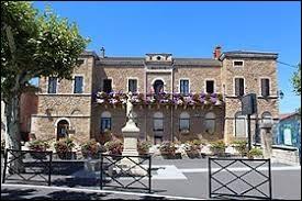 Nous partons en Bourgogne-Franche-Comté, à La Chapelle-de-Guinchay. Ville de l'agglomération Mâconnaise, elle se situe dans le département ...