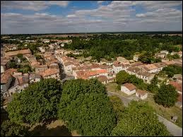 Village Deux-Sévrien, Chizé se situe dans l'ancienne région ...