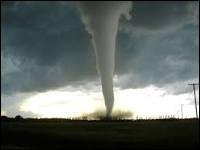 U : Utah : l'Utah est un état des États-Unis mais celui-ci a connu le phénomène le plus terrifiant. En effet il y a eu une tornade...