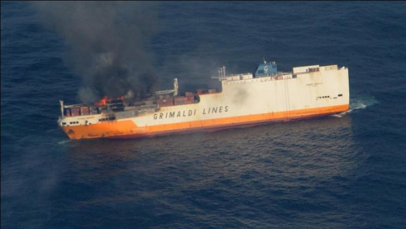 Où, le cargo italien Grande America a-t-il fait naufrage le 12 mars 2019 ?