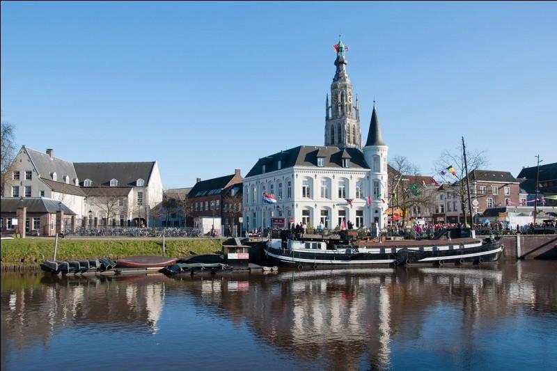 Comment se nomment les habitants de la ville de Breda, aux Pays-Bas ?