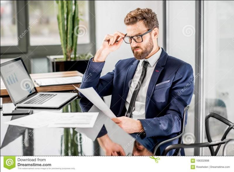 """Traduisez le mot """"homme d'affaires"""""""