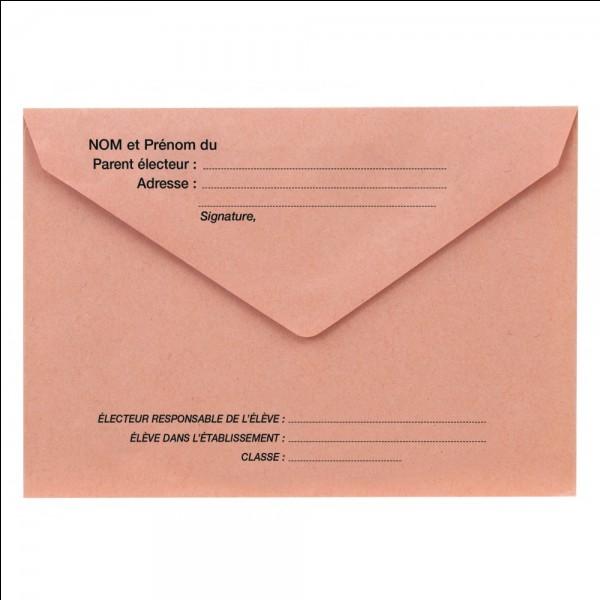 """Vous avez reçu une lettre. Voilà ce qui y est écrit : """"Bonjour. Je suis l'agent secret 0.0.7 et je recherche des personnes pour mon club de détectives. Je vais vous faire passer un petit test de 7 questions pour voir si je vous recrute. Peut-être à une prochaine fois"""".Que faites-vous ?"""