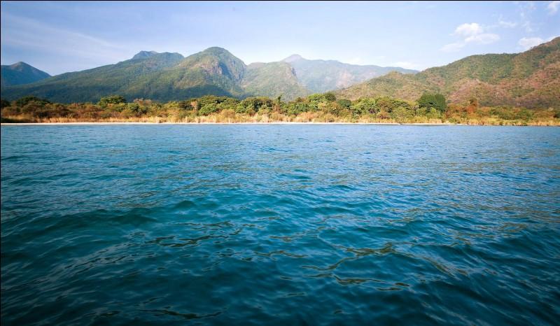 Parmi ces pays africains, lequel ne borde pas le lac Tanganyika ?