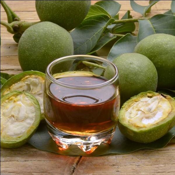 Le vin de noix est incontournable ! À quelle date faut-il cueillir les noix, pour sa confection ?