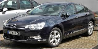 Le modèle de cette Citroën est...