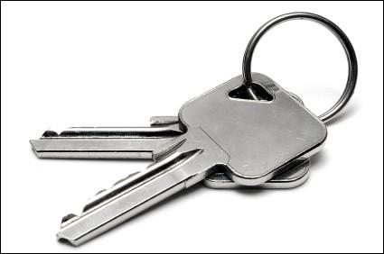 """Complétez la phrase avec le verbe au passé du subjonctif : """"Je ne pense pas … ses clés"""" ?"""