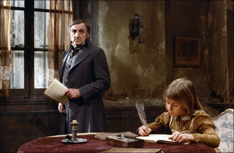 """Parmi les nombreuses versions du film """"Les Misérables"""", quel réalisateur a choisi Ventura dans le rôle de Jean Valjean, et Michel Bouquet dans le rôle de Javert ?"""