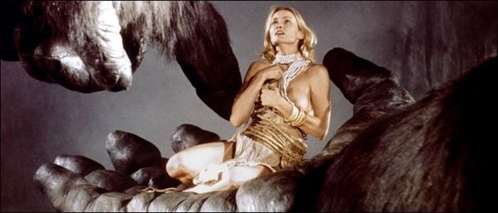 Quelle actrice est offerte à King Kong dans le film de 1976 ?