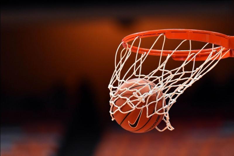 Dans quelle ville française se sont déroulés les Championnat d'Europe de basketball de 1983 ?