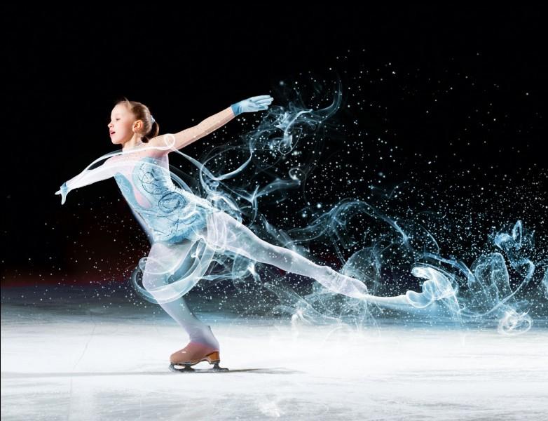 En quelle année Philippe Candeloro pour les hommes et Surya Bonaly pour les femmes obtiennent-ils tous les deux la médaille d'argent mondiale en patinage artistique ?