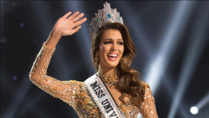 Miss France 2016Election Miss Univers : Manille (Philippines)Lauréate : la jolie demoiselle sur la photo