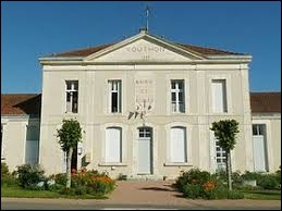 Nous terminons cette balade en Nouvelle-Aquitaine, à Vouthon. Village dans la vallée de la Tardoire, il se situe dans le département ...
