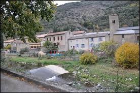 Je vous propose de partir dans la Montagne noire, aux Ilhes. Petit village Audois de 53 habitants, sur l'Orbiel, il se situe en région ...
