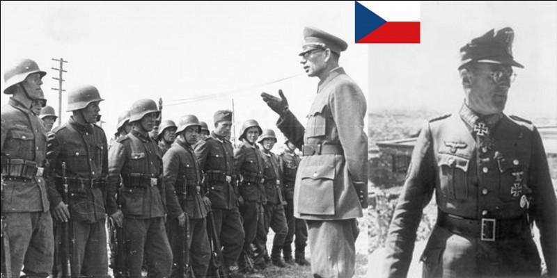 La capitulation allemande a été signée à Reims le 7 mai 1945 puis, sur l'exigence de Staline, le 8 mai 1945 à Berlin. C'est la fin officielle de la 2e Guerre mondiale en Europe.Quelle est la date réelle de la fin de la guerre en Europe ?Quel est le lieu de la dernière reddition allemande en Europe ?