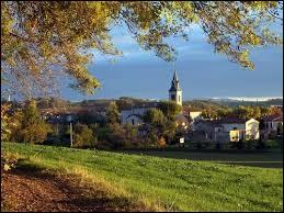 Je vous emmène à présent en Occitanie, à Carlus. Commune de l'aire urbaine d'Albi, elle se situe dans le département ...