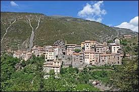 Village Maralpin, dans la vallée du Cians, Pierlas se situe en région ...