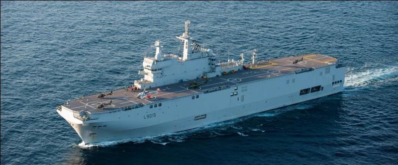 Courant 2019, les navires de classe Mistral de la Marine nationale, ont changé leur appellation, pour devenir des P.H.A ou porte-hélicoptères amphibie.