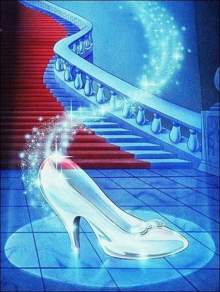 Quelle princesse a perdu sa chaussure lors d'un bal ?
