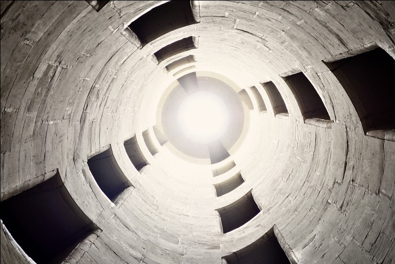 Quel calcul faut-il faire pour trouver le volume d'un cylindre de révolution ?