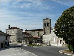 Nous partons en Nouvelle-Aquitaine, à Vindelle. Commune de l'agglomération Angoumoisine, elle se situe dans le département ...