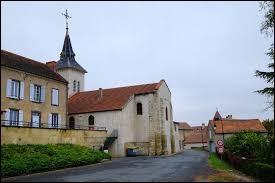 Petit tour en Auvergne-Rhône-Alpes, à Creuzier-le-Neuf. Commune de l'aire urbaine Vichyssoise, elle se situe dans le département ...
