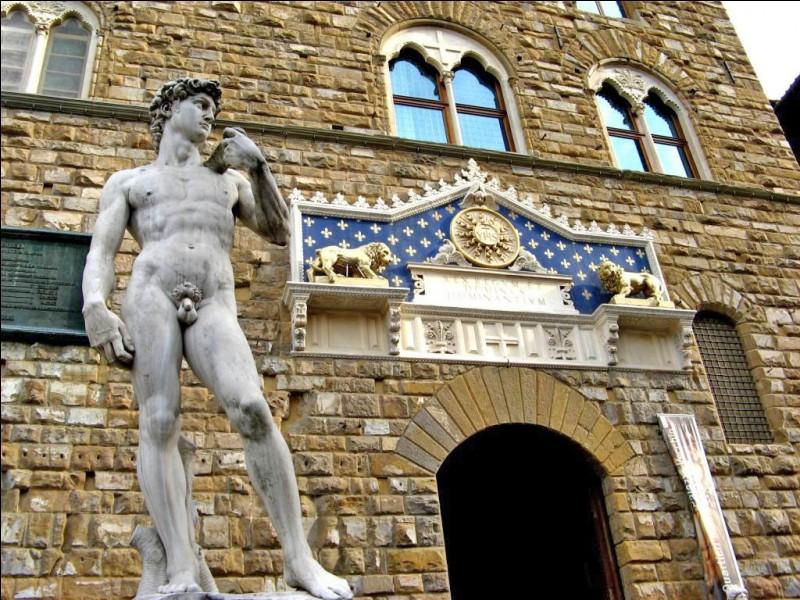 Dans quelle ville d'Italie est située la Galerie des Offices ?