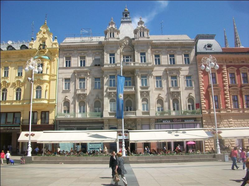 Nous voici sur la place Ban Jelacic. Quelle est cette capitale européenne ?