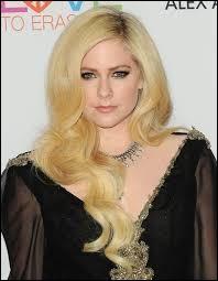 La chanteuse Avril Lavigne est née aux Etats-Unis.