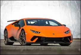 Quelle est la marque de cette magnifique voiture ?