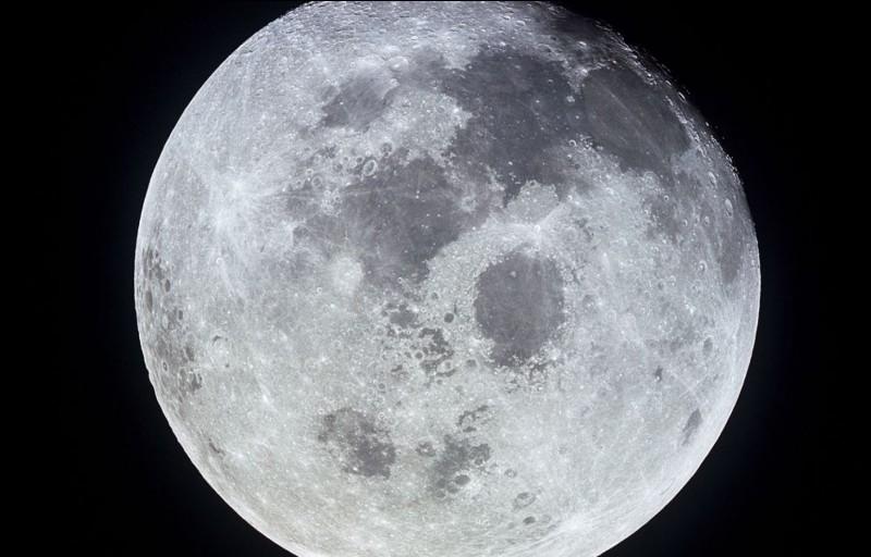 En quelle année cet astronaute a-t-il marché sur la lune ?