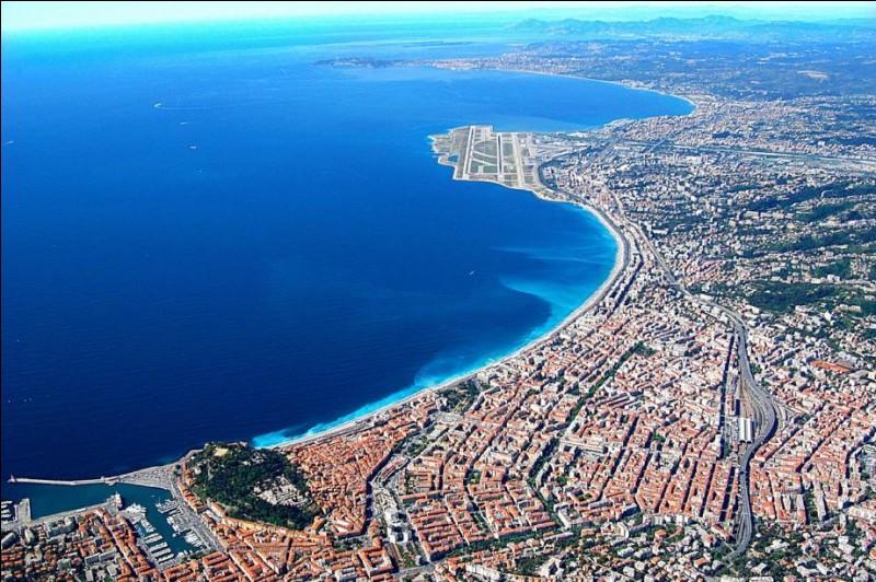 Quel terme utilisé par les anglophones désigne la Côte d'Azur ?