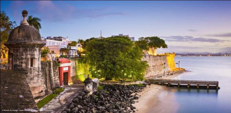 Dans quelle partie des Antilles l'île de Porto Rico est-elle située ?