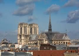 En l'honneur de Notre-Dame de Paris