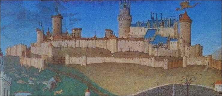 Ce château du Poitou, édifié au cours de la seconde moitié du Xe siècle, reconstruit au XIIIe siècle et à la fin du XIVe siècle était l'un des plus grands châteaux forts construits en France. Il a été démantelé sur ordre du roi Henri III en 1586, puis rasé au XVIIIe siècle. De quel château s'agit-il ?