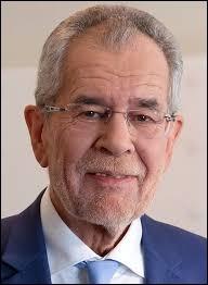 Qui est l'actuel président de la République autrichienne élu en 2017 ?