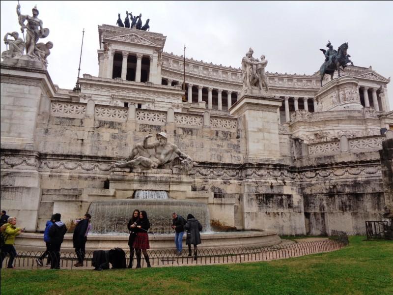 Quel est ce monument érigé à la gloire de l'unification et de la nation italiennes ?