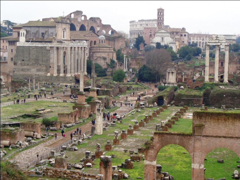 Durant quelle siècle la ville de Rome fut-elle fondée ?